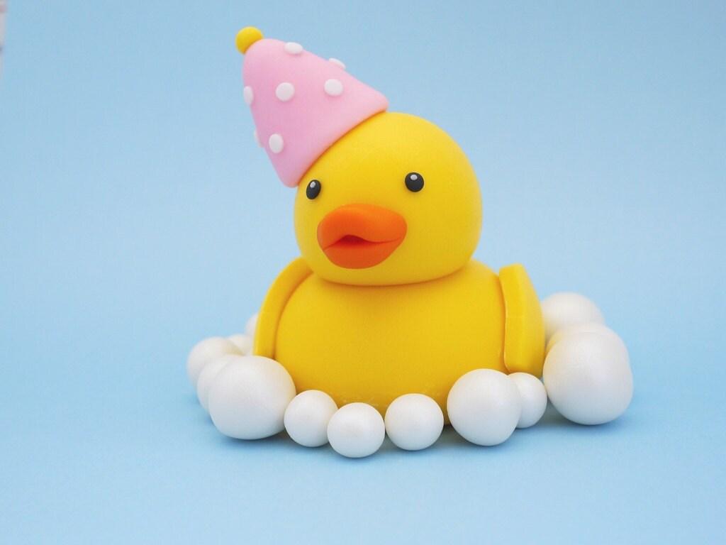Duck fondant cake topper. Fondant ducky cake topper. Yello
