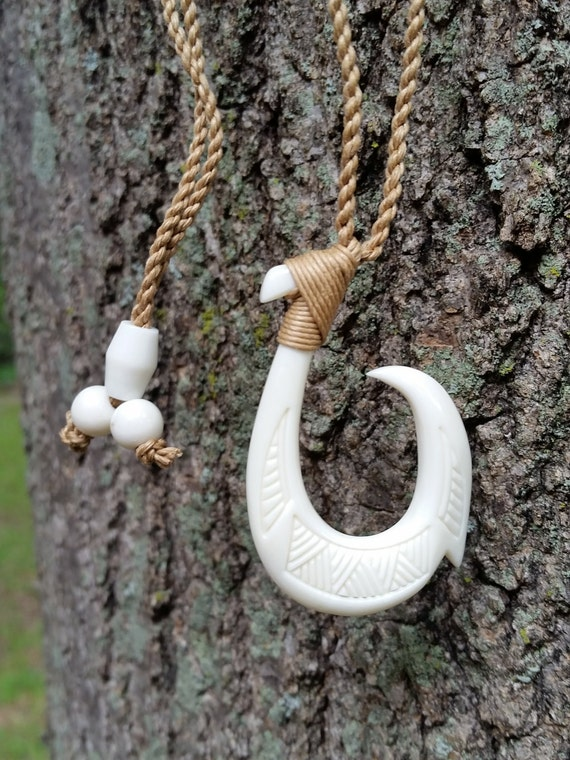Beautiful hawaiian fish hook necklace single barbed hook for Hawaiian fish hook