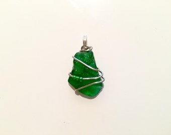 River glass,silver,wire,necklace,pendant,green,seed beads,handmade,small,unique design,beaded,swirled,jewelry,glass,delicate,elegant pendant