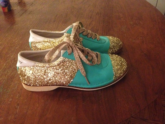 CUTE Ladies' Vintage Handpainted Glitter Bowling Shoes
