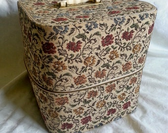 Hat Box Blondy Luggage Co.