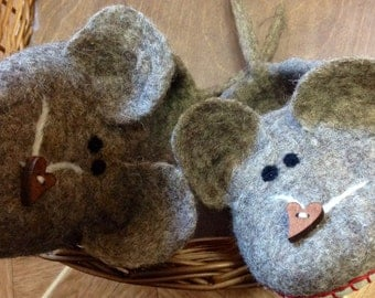 Felt slippers Wild Mouse Felted slippers Wild Mouse