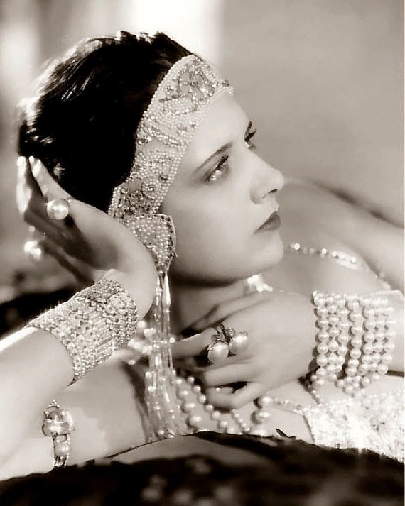 louise brooks the most iconic flapper of the 1920s