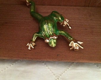 Vintage Green and Gold Frog Brooch