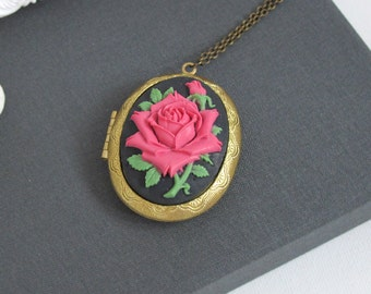 Classic Red Rose Cameo Large Oval Brass Locket Necklace. Vintage Lolita Style Locket Necklace