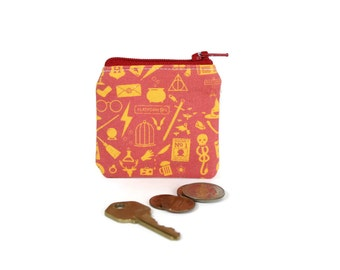 Harry Potter Pouch / Hogwarts Icons Coin Bag / Cute Gryffindor Coin Wallet