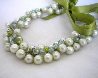 Wedding Necklace Tea Green Pearl Bride Necklace Bridesmaids glass pearls bridal jewelry