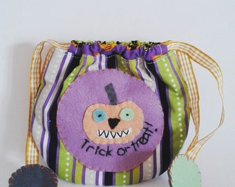 Drawstring bag trick or treat pumpkin