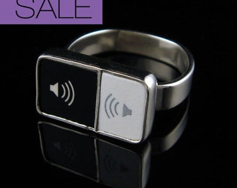 SALE - Computer Key Jewelry - One of A Kind rePURPOSED MacBook Music Key Sterling Ring - 7.5