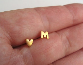 Solid Gold Earring Initial Earring Heart Earring Initial Studs 14k solid Gold Bridal Jewelry Letter Studs Custom studs Valentine Gift