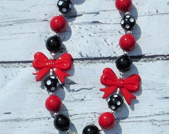 red minnie mouse necklace, chunky necklace, girls necklace, minnie mouse necklace, photo prop, gumball necklace, mickey mouse, birthday