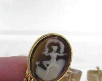 Vintage Cameo Cufflinks Venus Aphrodite Goddess Metal Mesh Wrap Around Gold Tone Dante
