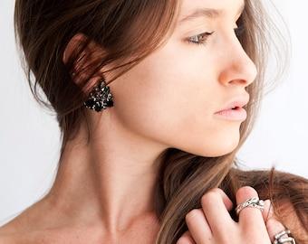 The Vintage Black Onyx Cluster Clip On Earrings