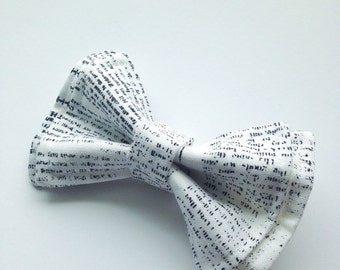 Boys Bow Tie - Newsprint Bow Tie - Bow Ties Toddler - Newspaper - Writer bow tie - Author Bow Tie - Journalist Bow Tie- Gifts for Writers