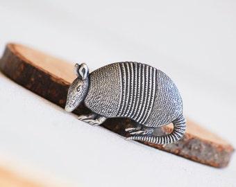 Armadillo Tie Pin Silver Armadillo Lapel Pin Brooch Texas Zoo Tie Tack