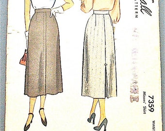 Vintage 40s Skirt  Vintage 1940s Sewing Pattern  McCall 7359  Small  Waist 24 and Hip 33 inches