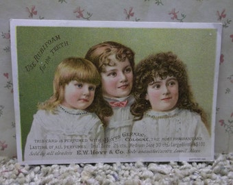 3 Pretty Long Haired Girls - Hoyt's German Cologne - Rubifoam - Victorian Trade Card