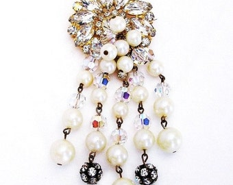 Fabulous D&E Pearl Rhinestone and Crystal Brooch 4 Inches