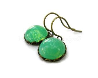 Boucle d'oreille opale verte