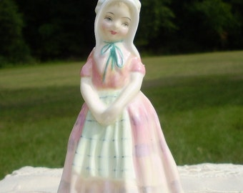 Royal Doulton Lady Figure Tootles HN 1680 Made in England