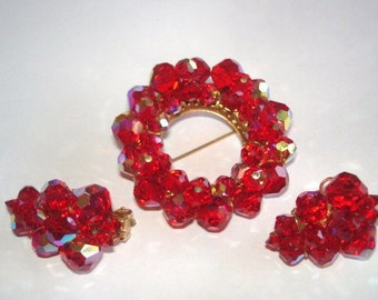 Red Crystals Brooch Earrings Gold Tone.