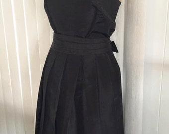 Quintessential Vintage Black Cocktail Dress -- Timeless -- Size M