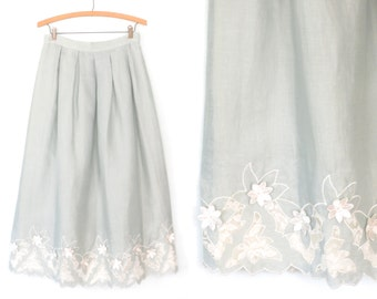 Vintage Linen Skirt * Embroidered Skirt * Floral Embroidery & Lace Skirt * Medium