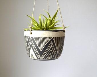 T R I A N G L E || tribal ceramic hanging planter