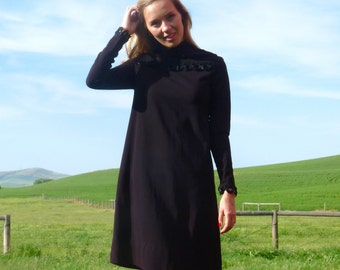 70s Wednesday Adams Black Long Sleeve Tent Dress xs s