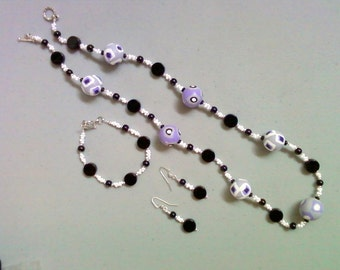 Funky Lavender, Black, Gray and White Necklace, Bracelet and Earrings (0195)