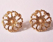 Filigree Flower Pearl Discs Pierced Post Stud Earrings Gold Tone Vintage Avon Scroll Flourish Swirl Scallop Edge Round Center Seed Bead