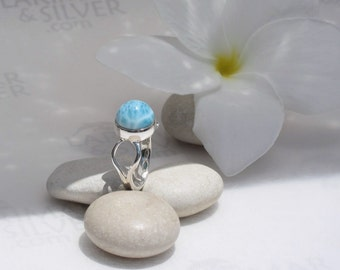 Larimarandsilver ring size 5, Waterfalls in the Sky - fizzy turquoise Larimar round, blue dot, aqua ring, sky dome, handcrafted Larimar ring