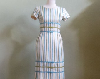 """Vintage 60's Miss Melinda of California Fitted Waist Dress with Short Sleeves Bust 35"""" Waist 26"""""""