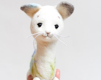 White Felt Cat - Frost. Art Toy Gift for kids Cat plush Puppet Felted Toy Stuffed Toy Felt Animal Kitten Soft toy portrait . white silver.