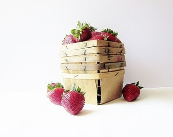 Summer Berry Baskets - Rustic Old Split Wood - Vintage Garden Produce Boxes - Pint Sized Farm Vegetable Containers - Urban Farmhouse Decor