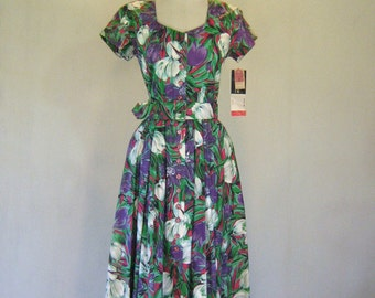 Tulip Watercolor Sweetheart Day Dress