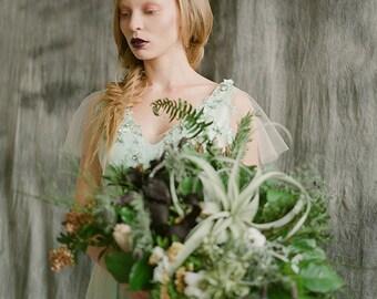 Merida- quartz crystal crown, spiky crown, unusual tiara, queen's headpiece, bridal hair accessory