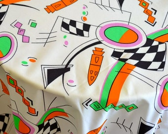 Vintage Cotton Fabric Print Wacky 1980s Novelty Print Remnant
