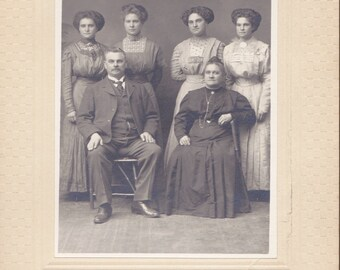 Edwardian Family- 1900s Antique Photograph- Beautiful Sisters- Cabinet Portrait- Gibson Hairstyles- Denver, Colorado- Paper Ephemera