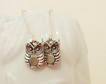Owls earrings, owl earrings, owl jewelry, owl jewel, owl charm, dangle earrings, dangle owl,owl bead,owls dangle earrings,owls drop earrings