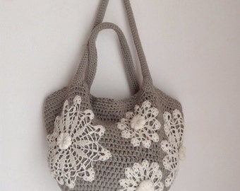 Crochet bag pattern - tote bag with doilies