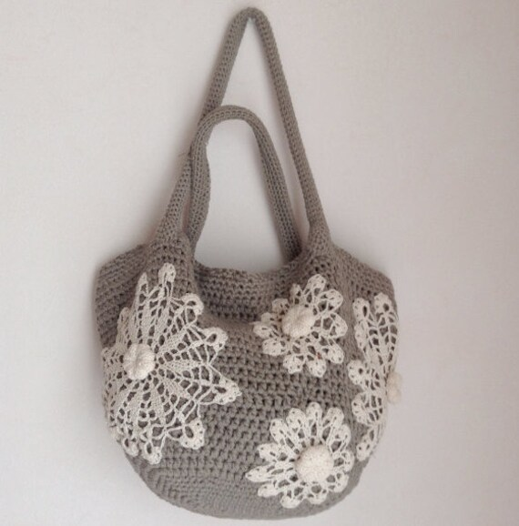 Crochet Duffle Bag Pattern : Crochet bag pattern tote bag with doilies by Chicandsimplicity