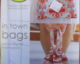 """Amy Butler """"In Town Bag"""" Purse Pattern"""