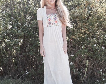 "Embroidered Bohemian Wedding Gown, Short Sleeve Bridal Dress, Vintage Inspired Wedding Gown - ""Nia"""