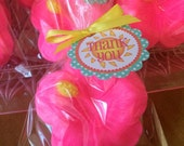 25 HIBISCUS SOAPS {Favors} - Spring Soap Favor, Birthday Party Favor, Wedding Favor, Luau Favor, Beach Party