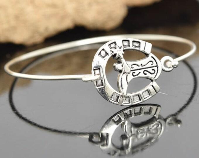 Horseshoe Bangle, Sterling Silver Bangle, Horseshoe Bracelet, Stackable Bangle, Bridesmaid Bangle, Bridesmaid jewelry, Bridal Bracelet