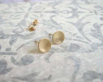 14k Solid gold disc stud earrings , Gold circle post earrings , 14k Gold small everyday studs , Handmade by Adi Yesod