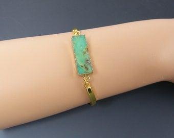 Green Agate Slice Bracelet, Green Gemstone Bangle Bracelet, Green Semiprecious Stone Bracelet, Green Gold Bangle Bracelet  BC1-22