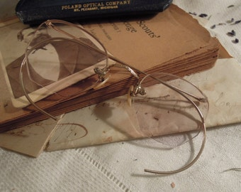 Antique / Vintage Glasses / Spectacles and Case