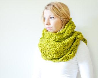 the HIGHLAND scarf - chunky scarf cowl crochet scarf - lemongrass - wool blend